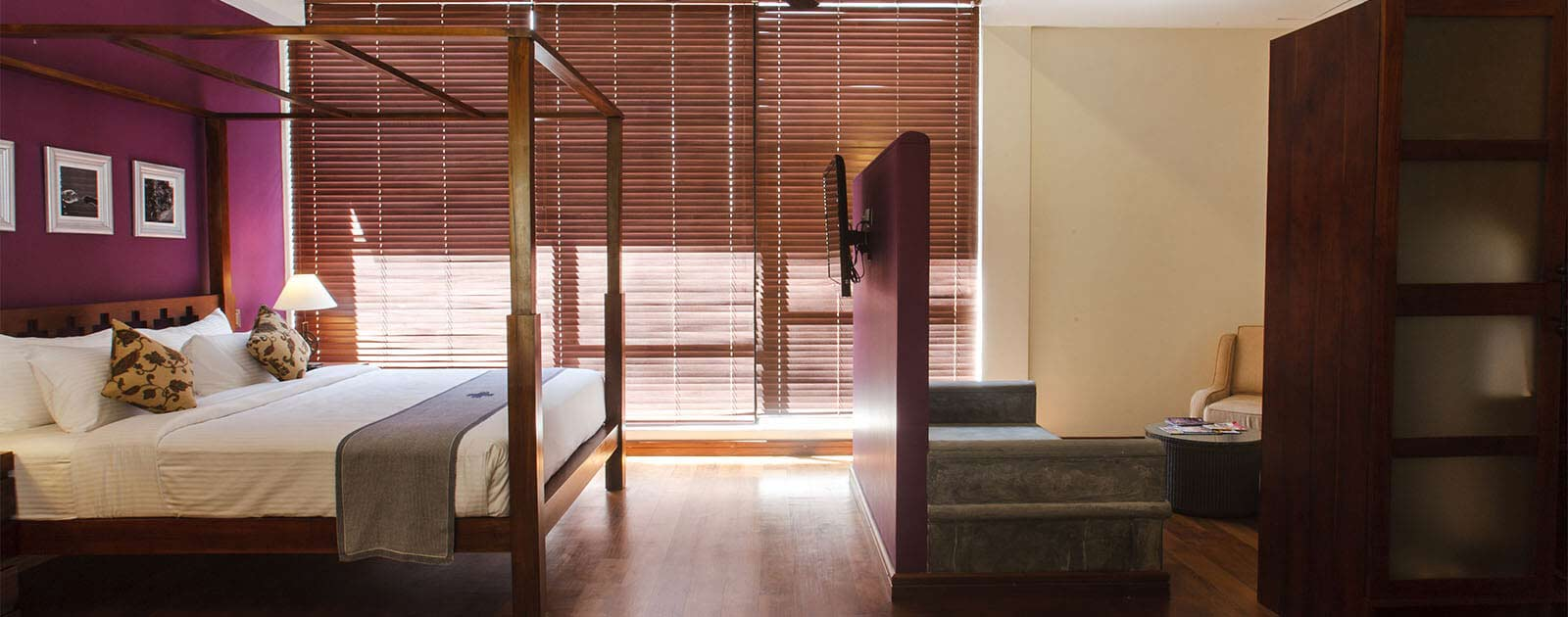 Suites in Colombo Courtyard Hotel