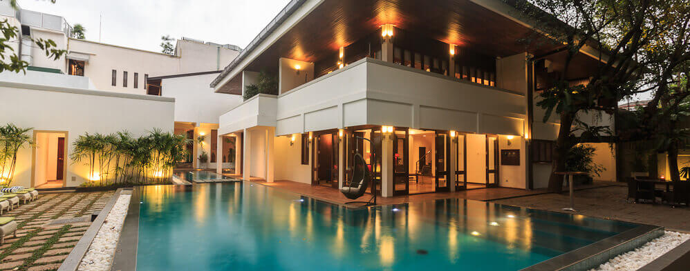 Colombo hotels with nice pool area