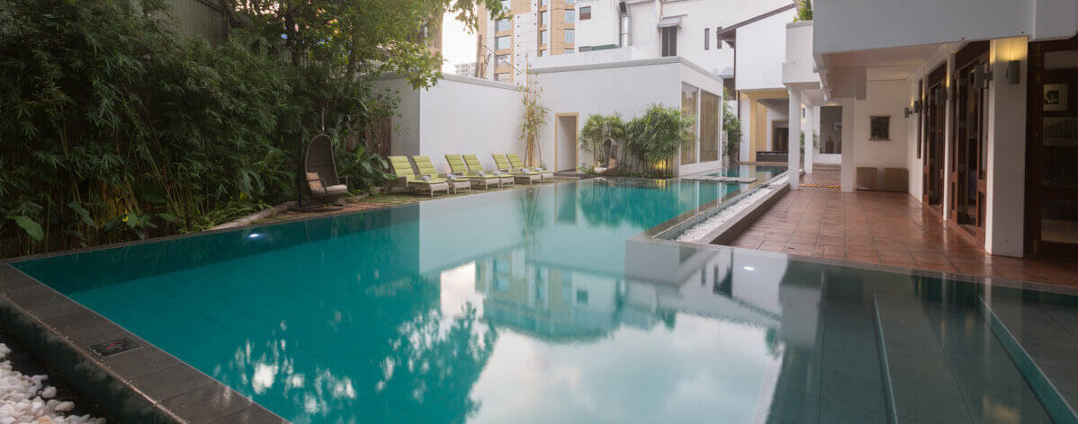 Pool area of Colombo Courtyard